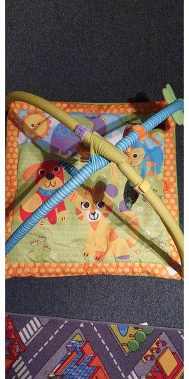 Spieldecke für Babys mit weichem: Kleinanzeigen aus Frankfurt Preungesheim - Rubrik Sonstiges Kinderspielzeug