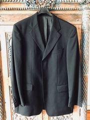 Anzug mit Hose und Gilet