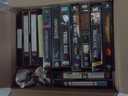 13 VHS Kassetten,