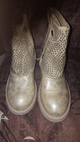 Schuhe, Stiefel - Damenboots neu