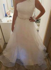 Wunderschönes Hochzeitskleid Brautkleid mit Glitzergürtel