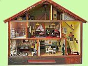 Wunderschönes detailreiches Puppenhaus mit Beleuchtung