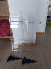 2 Glasregale mit Halterungen in