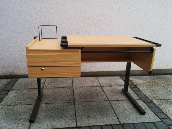 Kinderschreibtisch schreibtisch ist ankauf und verkauf for Schreibtisch quoka