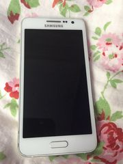 Samsung A3 2015 einwandfrei