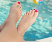 Fußbilder weiblich 23 Jahre Größe
