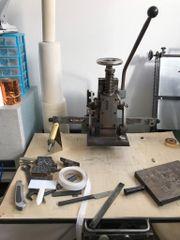 Robust Prägepresse / Prägemaschine