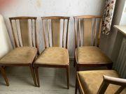 4 Holzstühle mit Polster - super