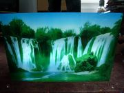 Bild Wasserfall fliessendem Wasser Beleuchtet