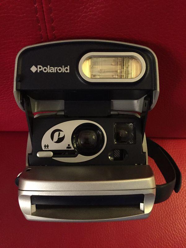 Polaroid Sofortbildkamera Silber