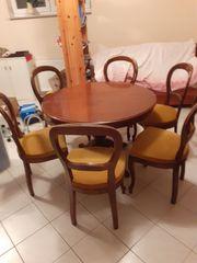 Antiker Tisch ausziehbar mit 6