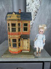 Kleines Puppenhaus-Gottschalk in Vitrinengröße-um 1900