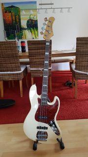 Bass von Le Marquis NY
