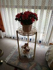 Rundes Tischchen mit Glasplatte