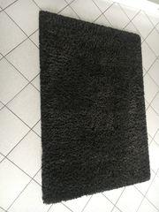 Teppich und Hocker