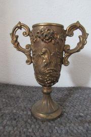 Alter Henkel Pokal