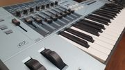 Yamaha Motif XS6 Synthesizer