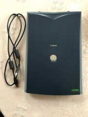 Canon CanoScan LIDE 20 Scanner