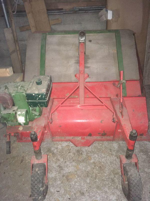 Rasen- Laubkehrmaschine zu verkaufen