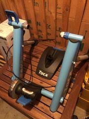 Fahrradrolle Trainer von Tacx