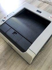 Brother Laserdrucker inkl Ersatz-Toner Kabel