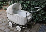 Shabby Vintage Puppenwagen