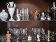 Geschirr Service und Gläser zu