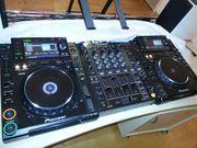 Pioneer CDJ 2000 x2