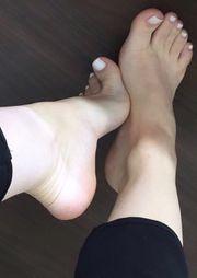 Schöne gepflegte Füße zu verwöhnen