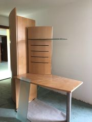 Schrank mit Schreibtisch