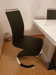 TIsch mit 6 Stühlen Lederoptik