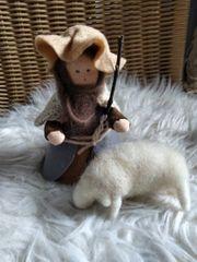 Deko-Filz-Hirte mit Schaf neu Handarbeit