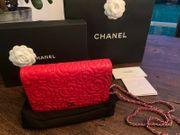 Original Chanel WOC Lammleder Rot