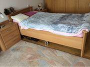 Seniorenbett mit 2 Nachttischen