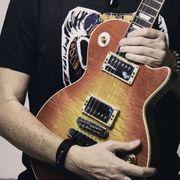 Keyboarder und Bassist für Melodic-Rock