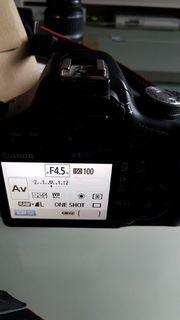 Canon EOS 500D mit zubehör