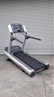 Life Fitness 95 TI Laufband