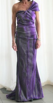 Abendkleid - Asymetrisch Gerafftes Abendkleid von