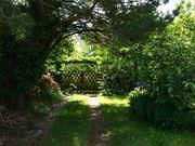 Idyllischer Garten in Bestlage zu
