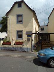 Andernach-Miesenheim Einfamilienhaus mit schönem Hof