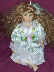 Porzellanpuppe Mädchen blond Puppe 42