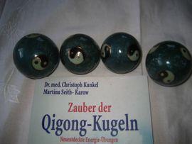 Esoterik - 4 Qi Gong Kugeln Yin