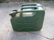 2 Stück Reserve Kraftstoff-Kanister Benzin-Kanister
