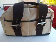2 Reisetaschen verschiedene Größe und