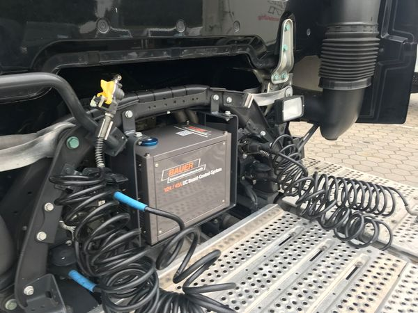 Einzigartiger LKW 24v Generator Ladegerät