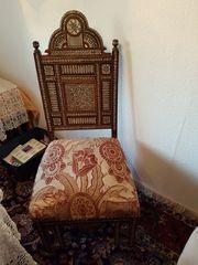 Handgearbeiteter orientalischer Stuhl