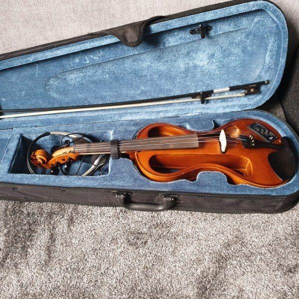 Höfner E-Geige AS-160E mit Bogen