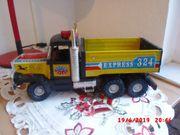 DDR Blechspielzeug Truck Express 324