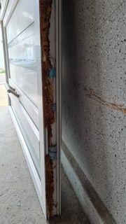 Eingangstür weiß mit glas