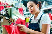 Produktionsmitarbeiter in Textil